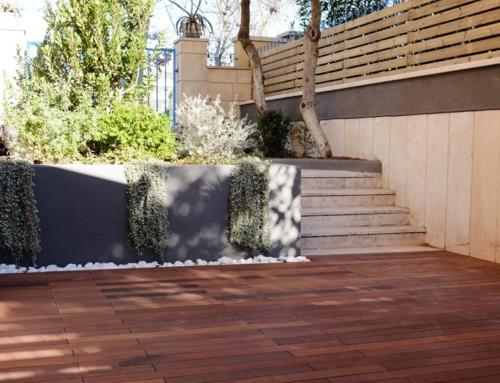 Sistema Decking: posa della pavimentazione con clip